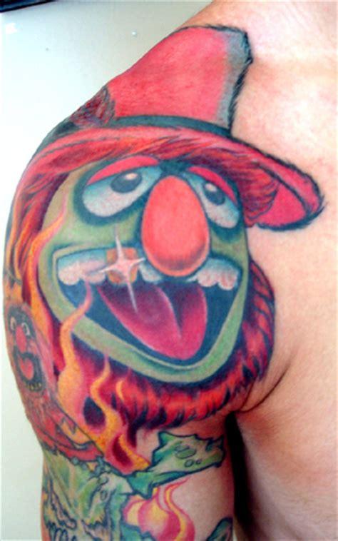 muppet tattoo 21 amazing muppet tattoos miss piggy guff