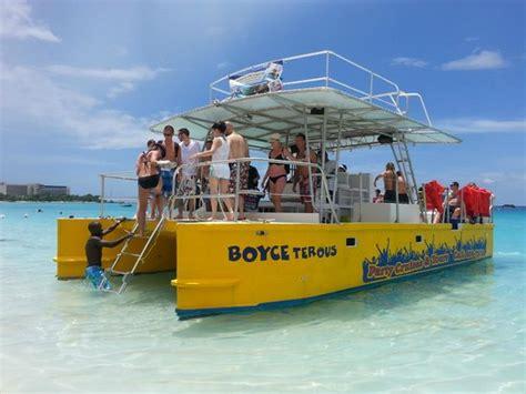 catamaran excursion barbados boarding from the boatyard dock picture of barbados