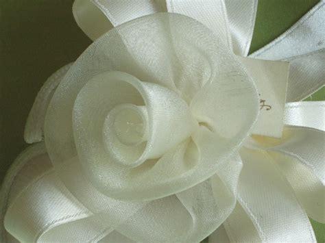 fiori di organza tutorial organza e fiori sacchetti per bomboniera