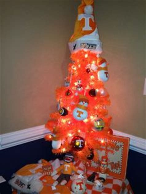 tabletop tn volunteer christmas tree 1000 images about tennessee vols on vol nation go vols and tennessee volunteers