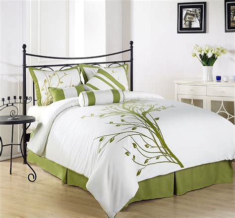 white comforter with green leaves 10 fabulously green bedding sets webnuggetz com