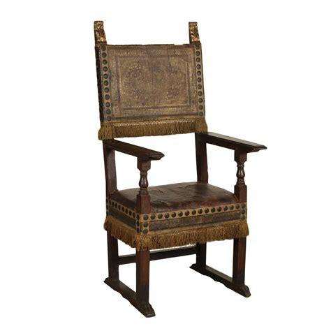 sedia seggiolone seggiolone noce sedie poltrone divani antiquariato