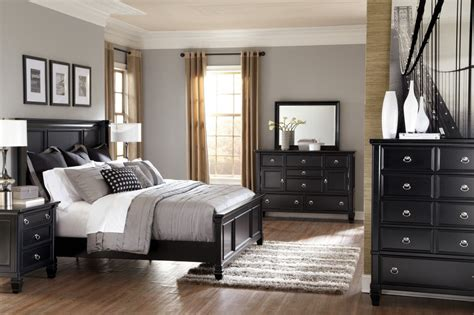 wooden black bedroom furniture decor womenmisbehavin