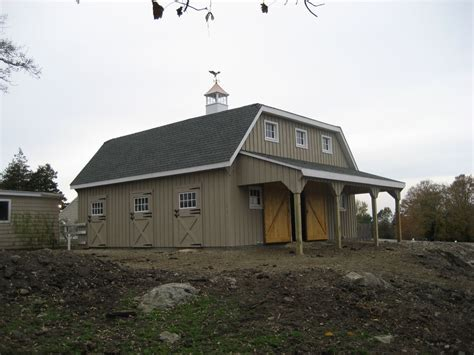 30x30 gambrel hip roof barn custom barns and buildings horse barns variuos style horse barns quality horse barns