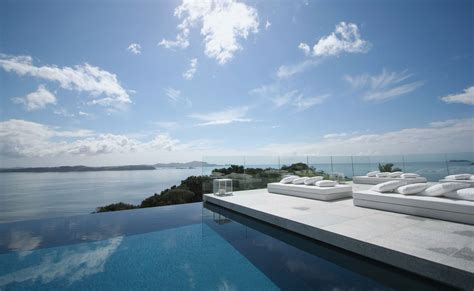 infinity pool death infinity edge pool construction details can you fall off