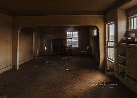 haunted living room haunted living room www pixshark images galleries with a bite