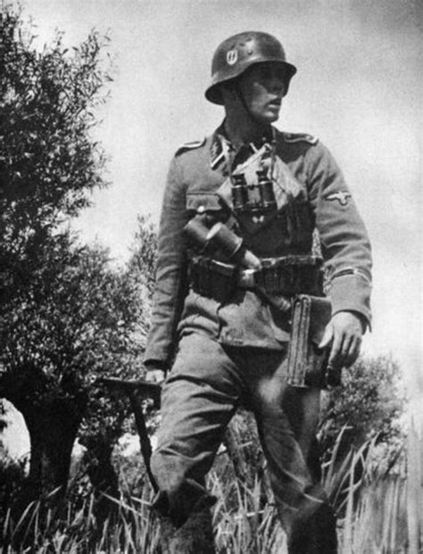 Wwii German Ss Soldiers | 17 best images about waffen ss ww2 on pinterest canadian