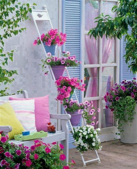 fiori da balcone estivi 100 idee per arredare il balcone di casa