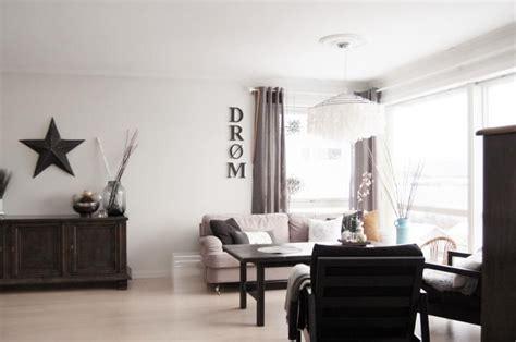 decorar salon tonos marrones un sal 243 n con muebles oscuros y tonos marrones decorar tu