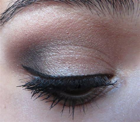 Eyeshadow Application slashed basic eyeshadow application for makeup
