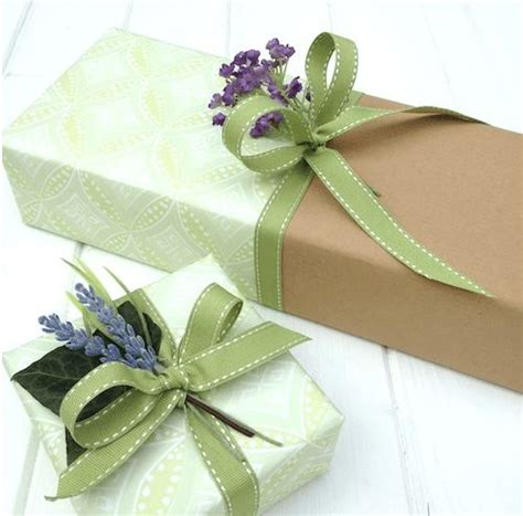 gift wrapping techniques 25 unique gift wrapping techniques ideas on pinterest