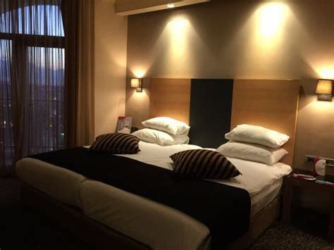 the one bedroom apartment at the crowne plaza orlando standard bedroom picture of crowne plaza hotel jerusalem