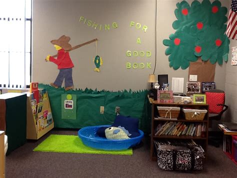 theme center themes pearls and preschool a few more pics of my room