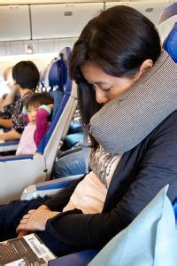cuscino per aereo i 5 migliori cuscini da viaggio economici 2018 prezzi e