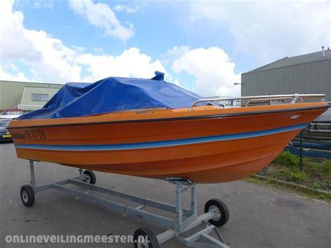 nieuwe speedboot speedboot draco winterkleed nieuwe bekledin