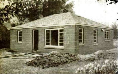 building a concrete block house cinder block house cinder blocks pinterest popular