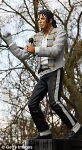 michael jackson statue craven cottage michael jackson statue scores an own goal for mohammed al