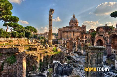 fori imperiali ingresso fori imperiali e foro romano in una sola passeggiata