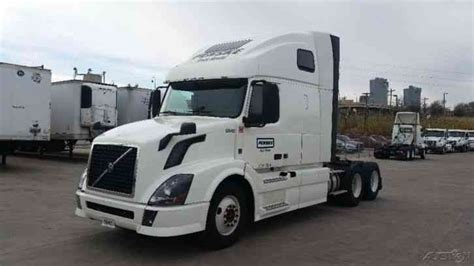2013 volvo semi truck volvo vnl64t670 2013 sleeper semi trucks