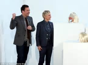 who is the real sia the story behind the singer who refuses to who is the real sia the story behind the singer who