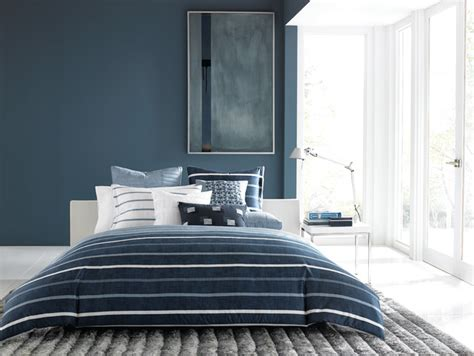 contemporary blue bedroom hotel collection colonnade blue bedding collection