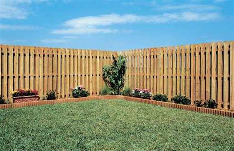 pin scallop picket top privacy vinyl fence on