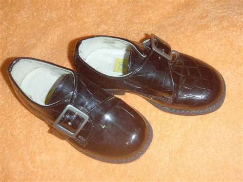 meuble à chaussures but 3923 petits tr 233 sors chaussures chaussettes