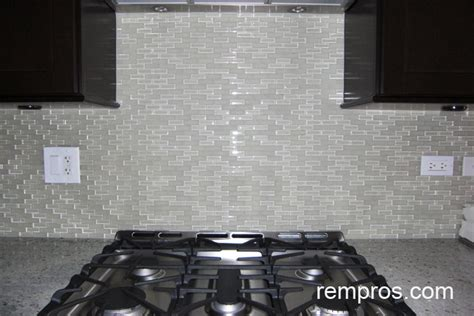 Kitchen Backsplash Mosaic Tile by Clear Glass Mosaic Tile Backsplash Roselawnlutheran