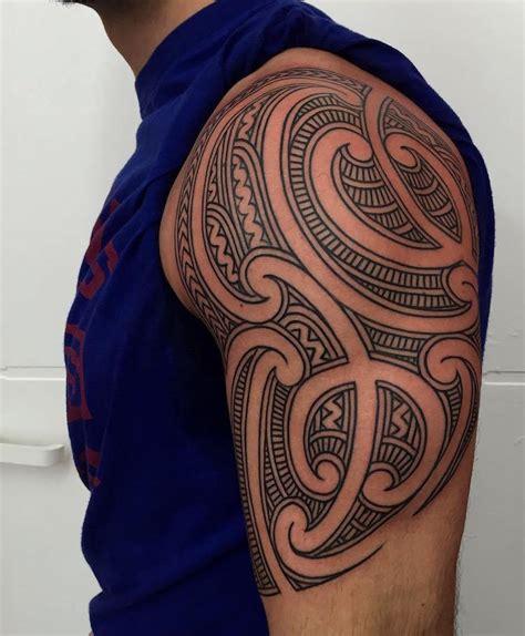 Motive Tribal Oberarm by 37 Oberarm Ideen F 252 R M 228 Nner Maori Und Tribal Motive