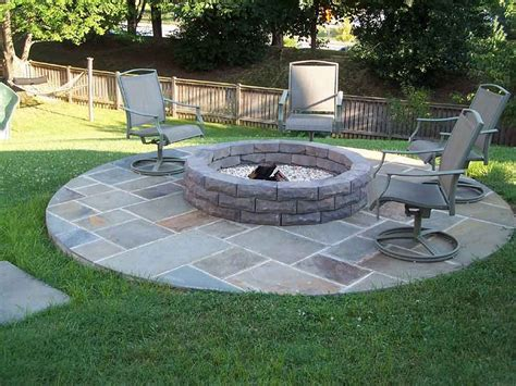 backyard pit ideas with simple design