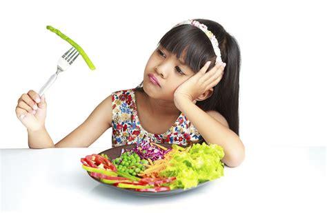 membuat anak suka makan penyebab anak anak tak suka makan sayur dan buah tirto id