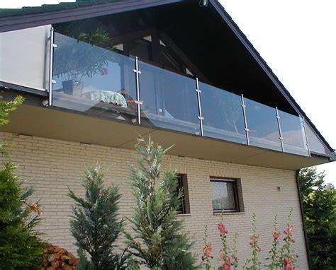 balkongeländer handlauf balkongel 228 nder mit glasf 252 llung hermann g 246 tz metallbau