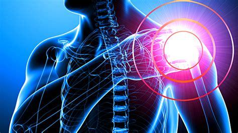 sharp shoulder pain when bench pressing left shoulder pain after bench press sharp pain in left