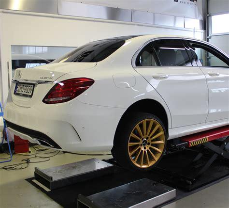 W204 Chromleisten Folieren by Mercedes C Klasse W205 Teilfolierung In 3m Gloss Gold