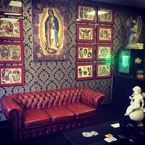 tattoo shop furniture best 25 shop decor ideas on