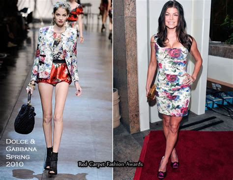 Catwalk To Carpet Fergie In Dsquared by Quot Cross Tie Fundraising Gala Quot Fergie In Dolce