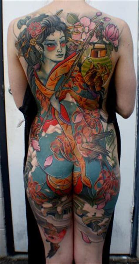 tatuaggi sedere tatuaggio giapponesi schiena sedere geisha di dagger