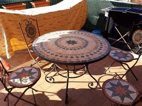 tavoli in ferro battuto e mosaico tavolo sedie in ferro battuto con mosaico in pietra