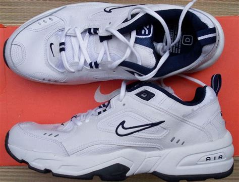 athletic shoes definition cheap air max nomo nike air max nomo
