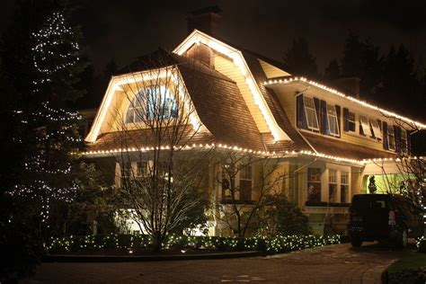 light knights holiday lighting vancouver c6 warm white