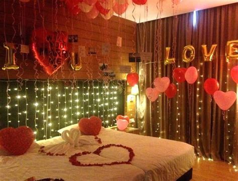 Top 8 Wedding Room Decorations   First Night Bed Decoration