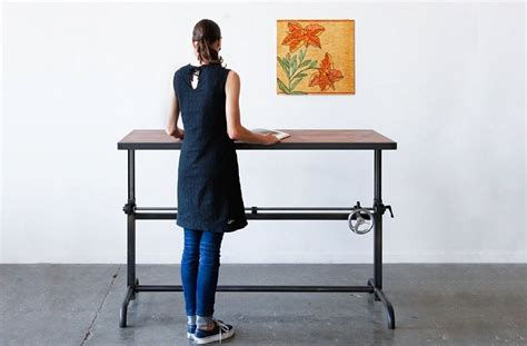 are standing desks good for you benefits of stand up desks for students desk great stand