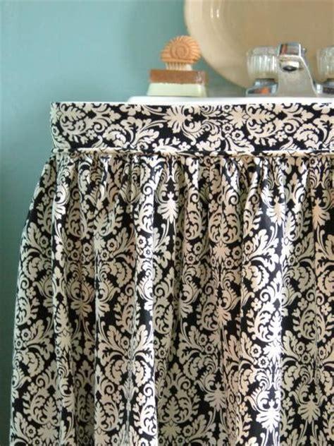 Sink Skirt 25 Best Ideas About Sink Skirt On Bathroom
