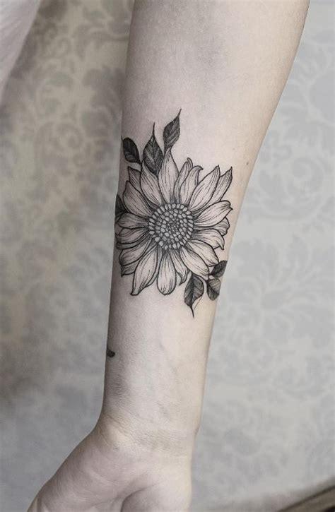 Sunflower Tattoo Black And White Tumblr Black And White Sunflower Shoulder