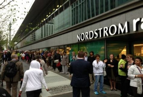 Nordstrom Rack Columbia Md Hours by Shoppers Pack Downtown Nordstrom Rack Commercial Real Estate