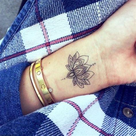do tattoos on your wrist hurt best 25 wrist tattoos ideas on wrist