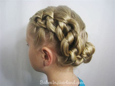 Knot Hairstyle by Chunky Knot Updo In Hairland