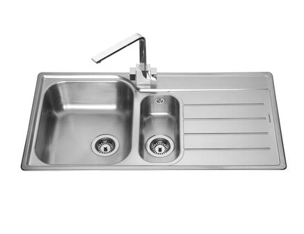 howdens kitchen sinks lamona belmont 1 5 bowl sink stainless steel kitchen