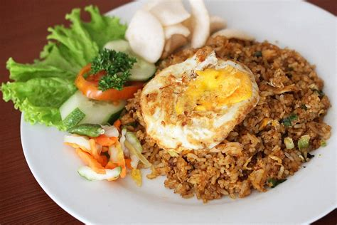 cara membuat roti goreng empuk enak nasi goreng fried rice from indonesia steemit