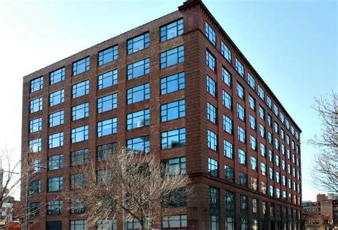 Apartment In Greektown Chicago Crayton Advisors Buys Greektown Loft Offices For 18m Other
